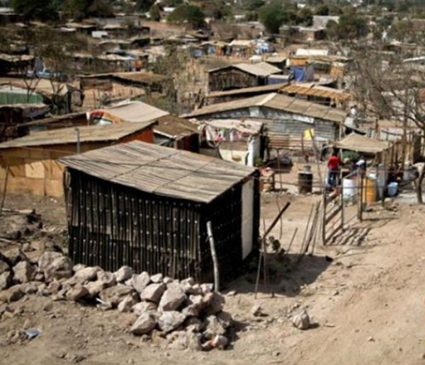 Pobreza bajó a 17% en 2017, según el Dane
