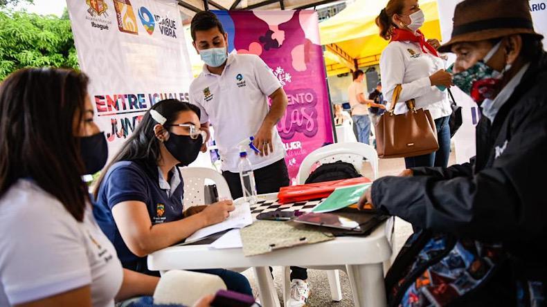 Comuna 8 jornada Alcaldía y Gobernación