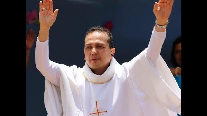 Padre Fredy 07 09